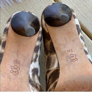 MICHAEL Michael Kors Shoes - MICHAEL KORS Leopard Pumps. Size 7